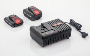 Для роботи з технікою краще використовувати дві акумуляторні батареї.