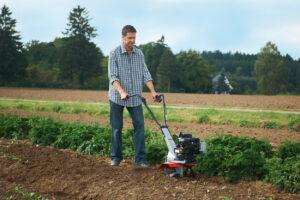Функціональність культиваторів обмежена основними операціями з обробки ґрунту.