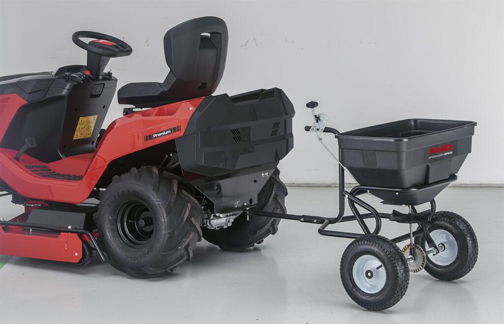 Сівалка-причіп для садових тракторів AL-KO допоможе внормувати витрату насіння під час посіву.