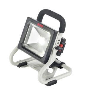 Прожектор WL 2020 може стати в пригоді в підвалі або гаражі.