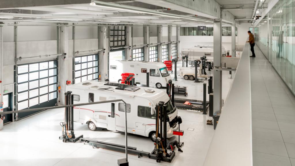 Комплектувальні AL-KO застосовують для збирання автобудинків, туристичних причепів, легких вантажних автомобілів і вантажних причепів.