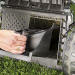 Максимум можливостей: 4 корисні функції бензинових газонокосарок